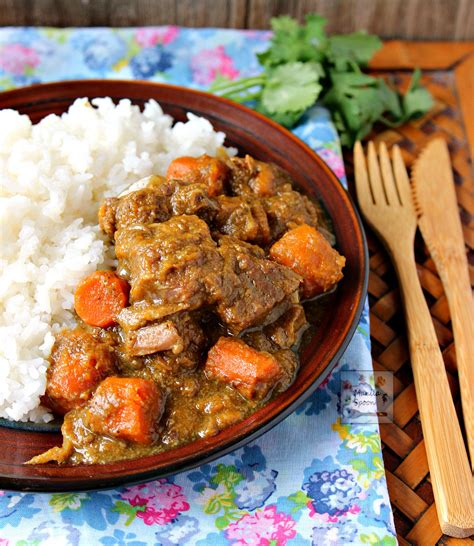 beef coconut curry stew cooker slow rice recipes chunks sauce powder sweet manila spoon creamy delicious recipe easy cooked ingredients