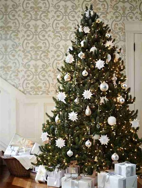spruce  snowflakes christmas tree decorating ideas