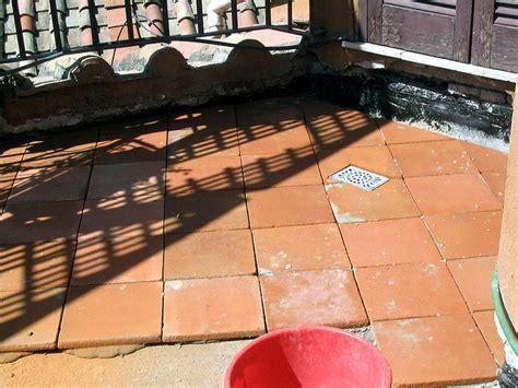 Terracotta Fliesen Terrasse by Terracotta Platten Terrasse