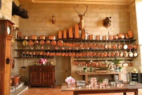 cuisine de chateau la cuisine et sa batterie de cuivres photo de chateau de