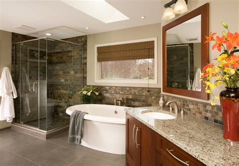 Simple Master Bathroom Ideas by Luxurious Master Bathrooms Design Ideas With Pictures