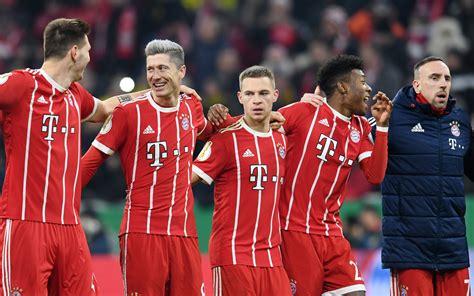 Lewandowski, Mueller star as Bayern go 16 points clear ...