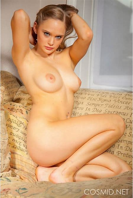 Dolled up blonde Skye gets nude for you | Nextdoor Mania