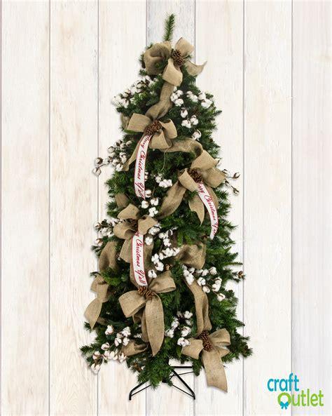 christmas tree decorating  burlap  deco mesh