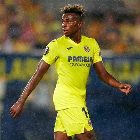 Samuel chukwueze, 22, from nigeria villarreal cf, since 2018 right winger market value: Man Utd, Leicester & Everton Join Race for Samuel Chukwueze