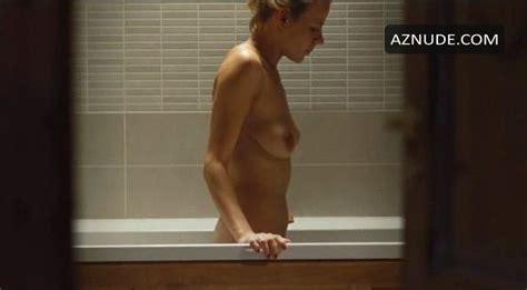 Caroleen Feeney  nackt