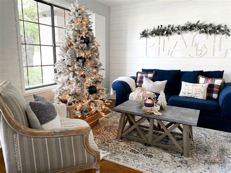 A simple string of warm white lights will set off the effect without detracting. Farmhouse Christmas Living Room to Stay Cozy All Season ...