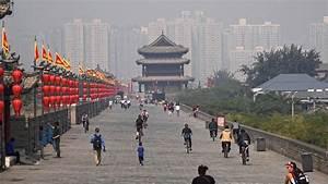 Xi'an, China: City Walls & Goose Pagodas in 4K (Ultra HD ...