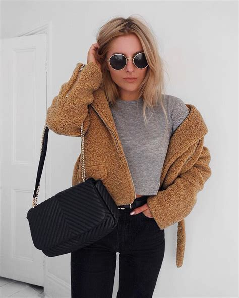 4782 Likes 60 Comments - Lydia Rose (@fashioninflux) on Instagram u201cWant to always dress as a ...