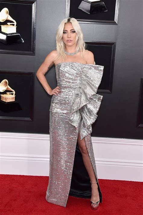 Every Must-See Look from the 2019 Grammys Red Carpet ...