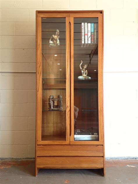 Display Cabinet Modern by Mid Century Modern Lighted Teak Display Cabinet