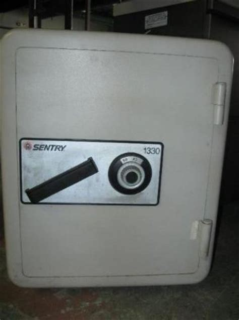 Sentry Floor Safe Model 2286 by Sentry Sentrysafe Combination Fireproof Floor Safe Model