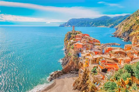 11 Stunning Things To Do In Cinque Terre Italy Hand