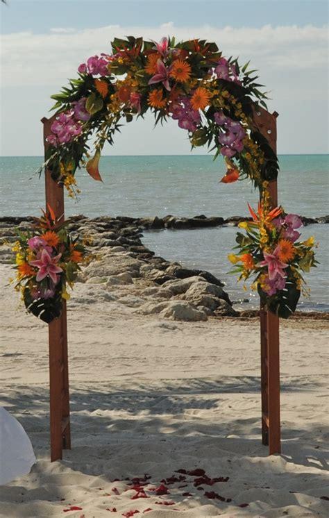 wedding flower arches  trusted wedding source  dyalnet
