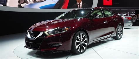 2016 Nissan Maxima Resets The Meaning Of A 4-door Sports