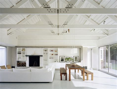 All White Lake House by An All White Lake House The Style Files
