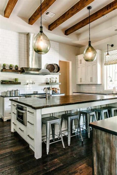 ilot dans cuisine la cuisine équipée avec îlot central 66 idées en photos