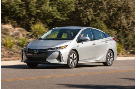 25 Cars With The Best Gas Mileage In 2018