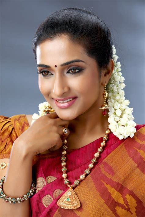 Tamil Actresses And Actors Hot Photos Pics Images Gallery