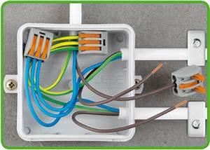 Boite De Derivation Electrique : borne wago leviers pour 3 conducteurs jede distribution ~ Dailycaller-alerts.com Idées de Décoration