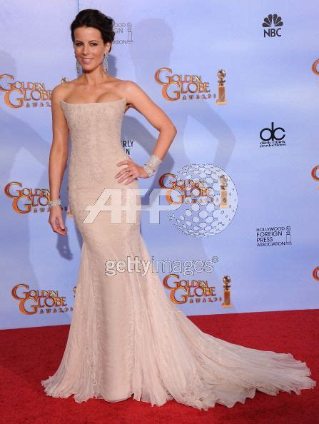 dwellers without decorators in at the 2012 golden globes