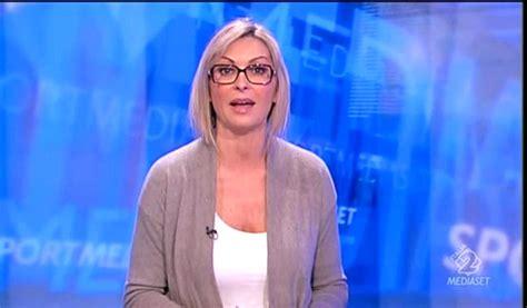 Monica Vanali bis 180 TELEGIORNALISTE FANS FORUM