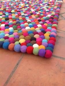 Teppich Auf Teppich : 1000 ideen zu filzkugel teppich auf pinterest filzkugel diy teppiche und wolle ~ Eleganceandgraceweddings.com Haus und Dekorationen