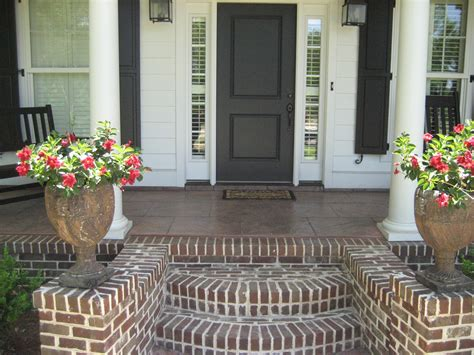 front step decorating ideas ideas about concrete front steps on pinterest love the fan out styling of this porch and