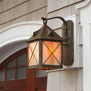 20 amazing outdoor light fixtures for your yard With outdoor lighting fixture mounting block