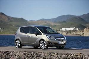 Fiche Technique Opel Meriva : fiche technique opel meriva ii 1 4 turbo twinport 120ch cosmo l 39 ~ Maxctalentgroup.com Avis de Voitures