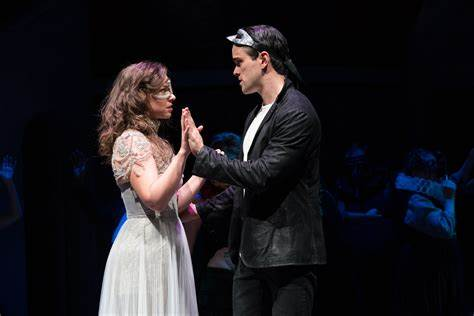 REVIEW: Splendid Romeo and Juliet (Guthrie Theater) - Twin ...