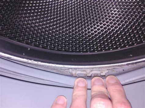 Neue Waschmaschine Riecht Nach Gummi by Bosch Wama Qualmt Aus Trommel Nach Waschgang Und Riecht