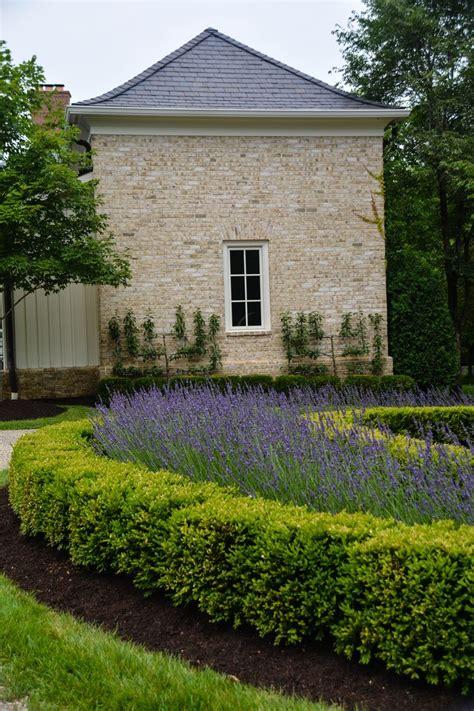 nick mccullough landscape garden designer nick mccullough mccullough s landscape and nursery new albany oh lavandula x