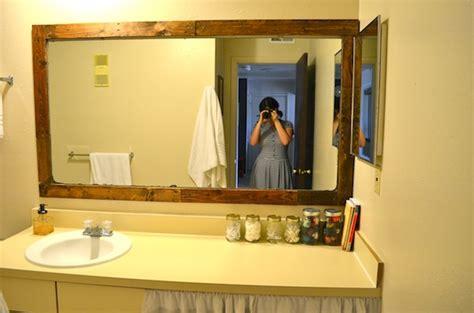 rachel schultz framing  bathroom mirror  pallets