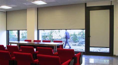 tende coprenti per finestre tende coprenti per interni amazing tende a rullo per
