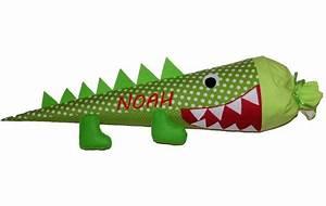 Kissen Mit Namen Nähen : schult ten schult te kissen krokodil mit namen ein designerst ck von siebenburgen bei ~ Watch28wear.com Haus und Dekorationen