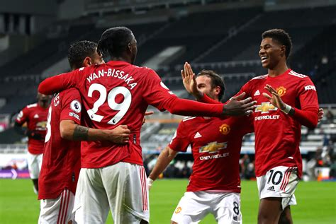 Two senior players miss out after Man United confirm final ...