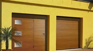 galerie portes de garage weigerding With porte de garage basculante avec portillon pour cremone porte d entrée 5 points