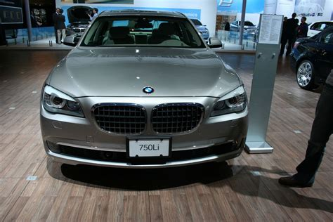 Another Review Of The 2009 Bmw 7 Series