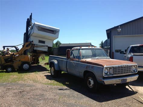 1977 Dodge D300 1-ton Pickup Truck 4 Speed Dually Look