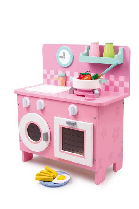 La cuisine en bois jouet - Peluches et jouets en bois