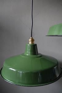 Abat Jour Vert : grand abat jour emaillee lampe industrielle vert ~ Teatrodelosmanantiales.com Idées de Décoration