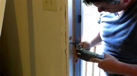 how to fix a in a door how to fix a damaged door frame