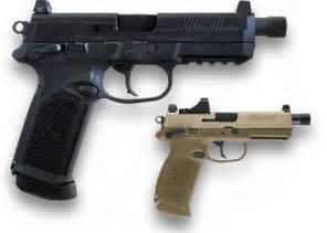 FN Herstal FNX45 Tactical -Flat  Dark Earth