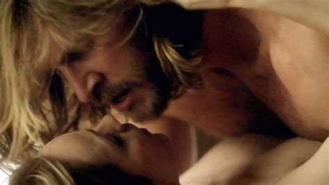 Laura Vandervoort Making Out In Hot Sex Scene From Bitten Series Scandal Planet