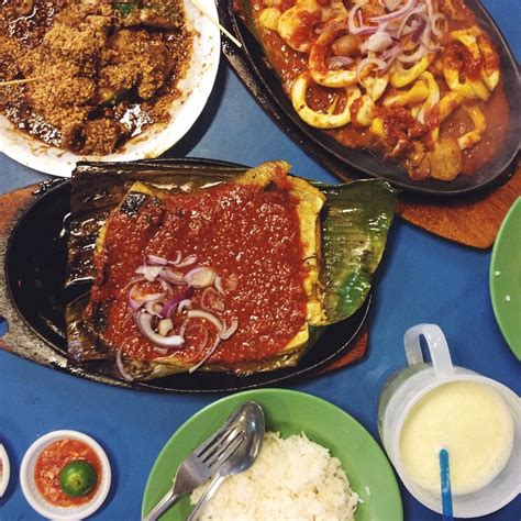 Boon lay place food village closed for 2 weeks. 10 Boon Lay Food That Makes Taking The MRT Until Your Butt ...