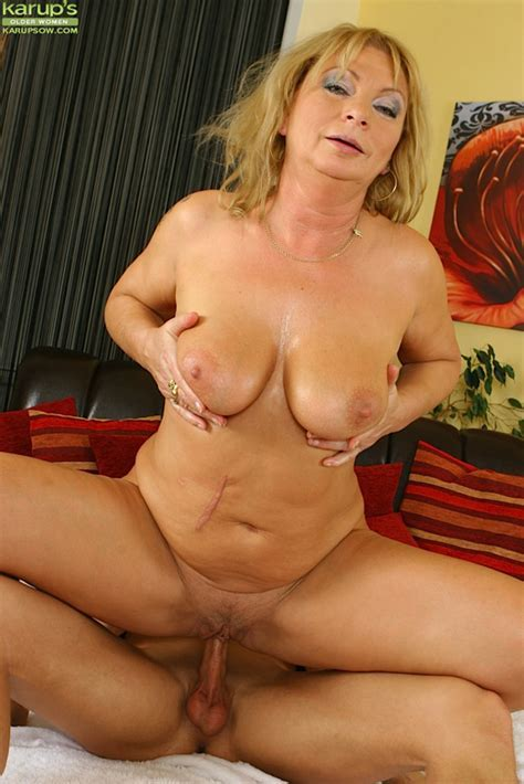 Older Babe Sandy Saxx Gets Her Pussy Drilled With Cock Hot Girls Wallpaper