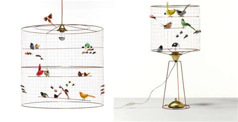una jaula  modo de lampara  el salon vivir hogar