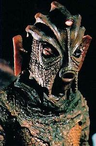 Hypnogoria: DOCTOR WHO 5.8/5.9 - The Hungry Earth/Cold Blood  Silurian