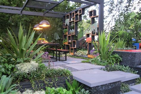 best backyard gardens melbourne flower and garden show best in show abc news australian broadcasting corporation